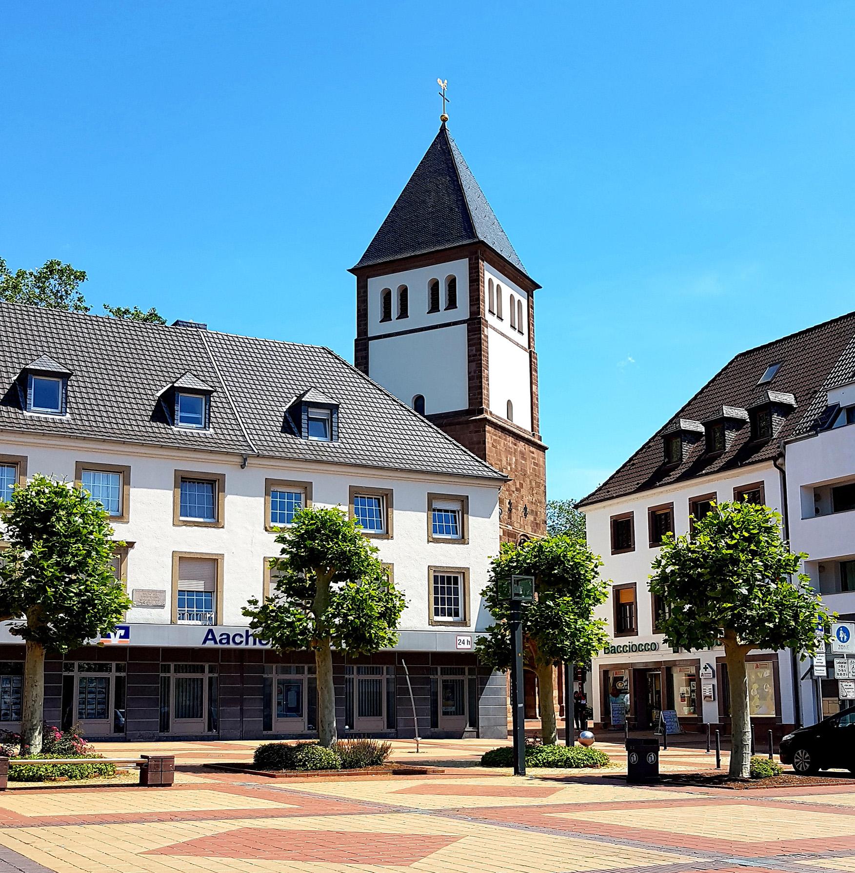 Kirche St. Mariä Himmelfahrt Marktplatz