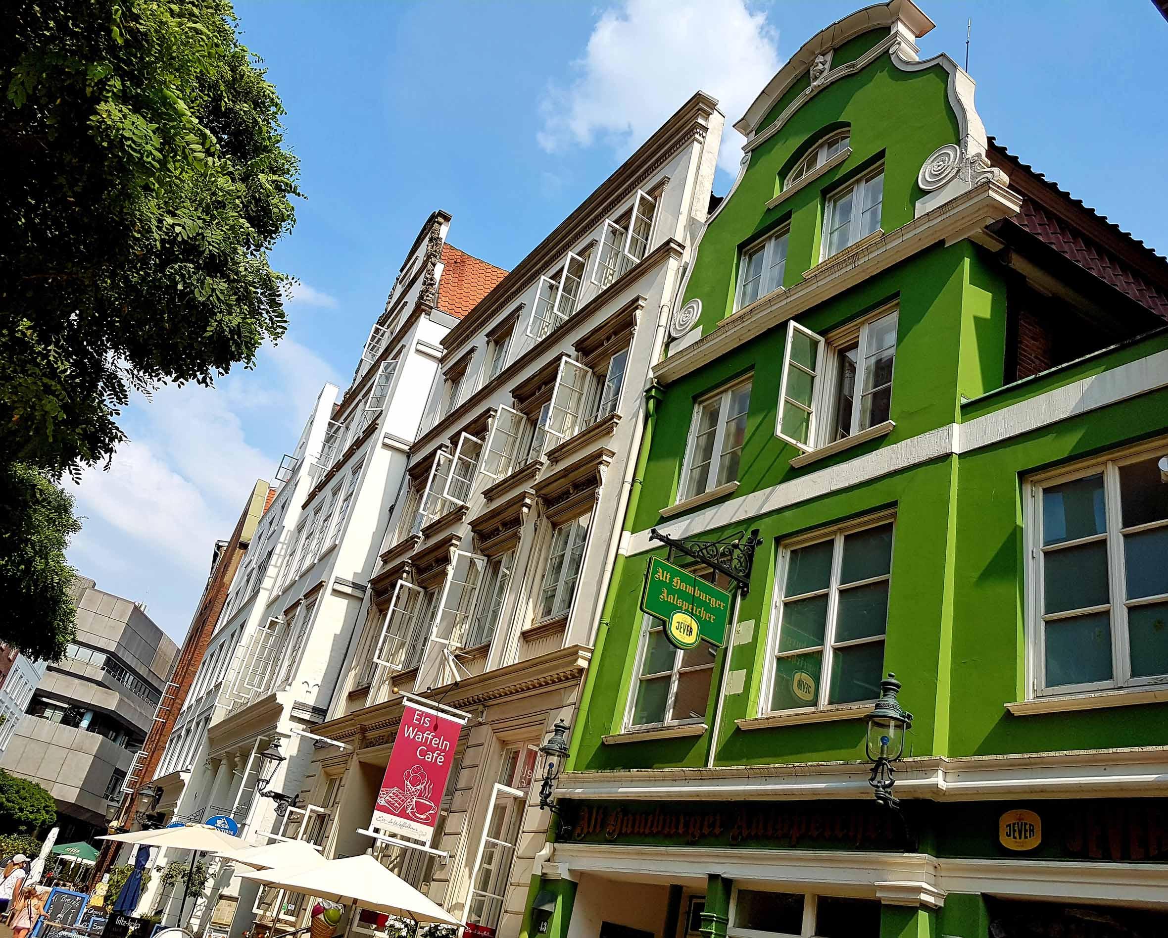 Hamburg Innenstadt grünes Haus