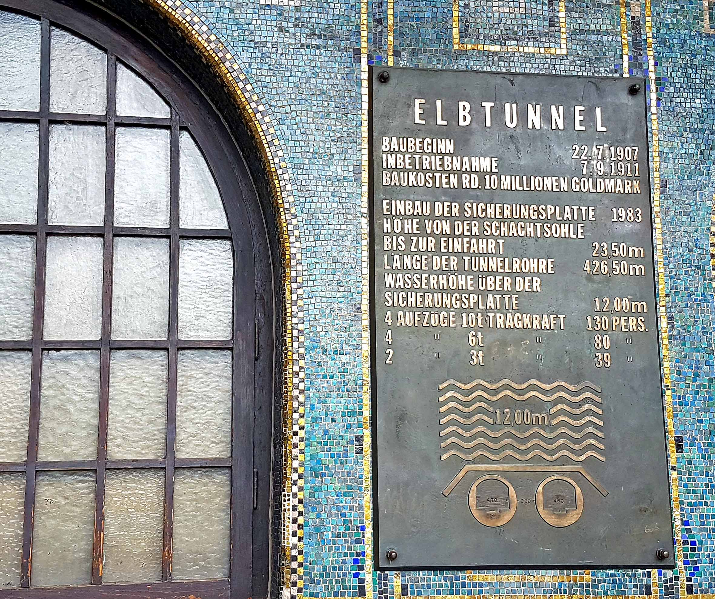 Hamburg Tafel Alter Elbtunnel